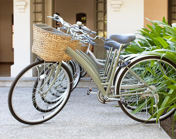 /fileadmin/user_upload/Journeys/Hotels/Amantaka/4-amantaka-bicycles.jpg