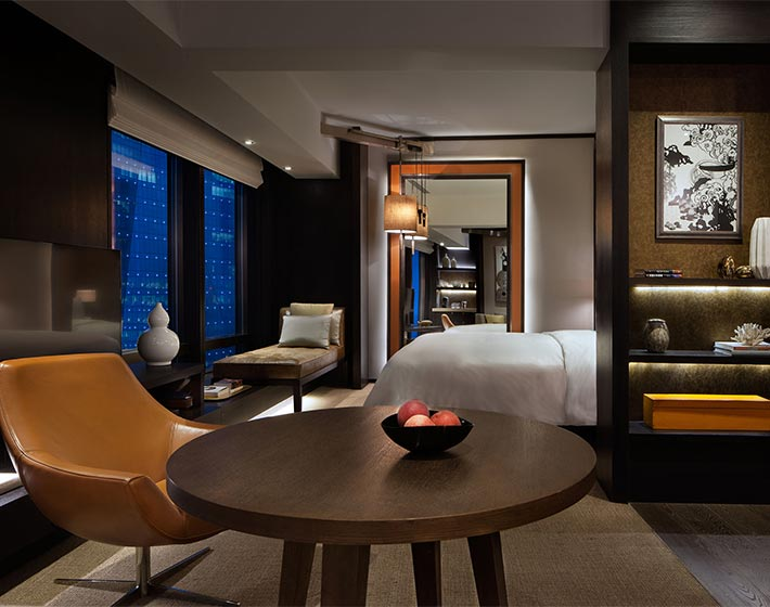 /fileadmin/user_upload/Journeys/Hotels/Rosewood_Beijing/1-jouneys-hotels-rosewood-beijing-premier-room.jpg