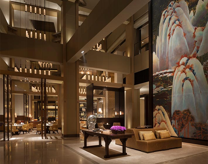 /fileadmin/user_upload/Journeys/Hotels/Rosewood_Beijing/6-jouneys-hotels-rosewood-beijing-lobby-arrival.jpg