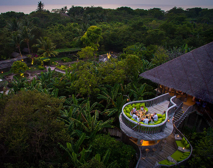 /fileadmin/user_upload/Retreats/Soneva_Fushi/3-soneva-fushi-fresh-in-the-garden-aerial.jpg